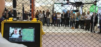 Gaiola com Drone foi uma grande atração na feira
