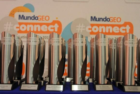 Conheça os finalistas do Prêmio MundoGEO#Connect 2016
