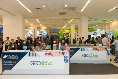 estande geoeduc 400x267 Instituto GEOeduc confirmado na feira MundoGEO#Connect 2018