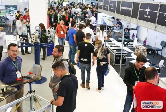 Feira MundoGEO Connect 100% ocupada: confira os expositores e atividades