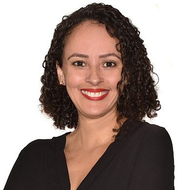 Grazi Carvalho