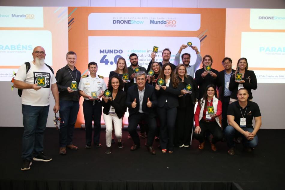 ganhadores do premio mundogeo e droneshow 2019
